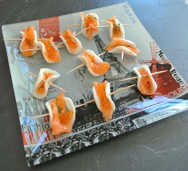 toasts de radis noir aux oeufs de saumon