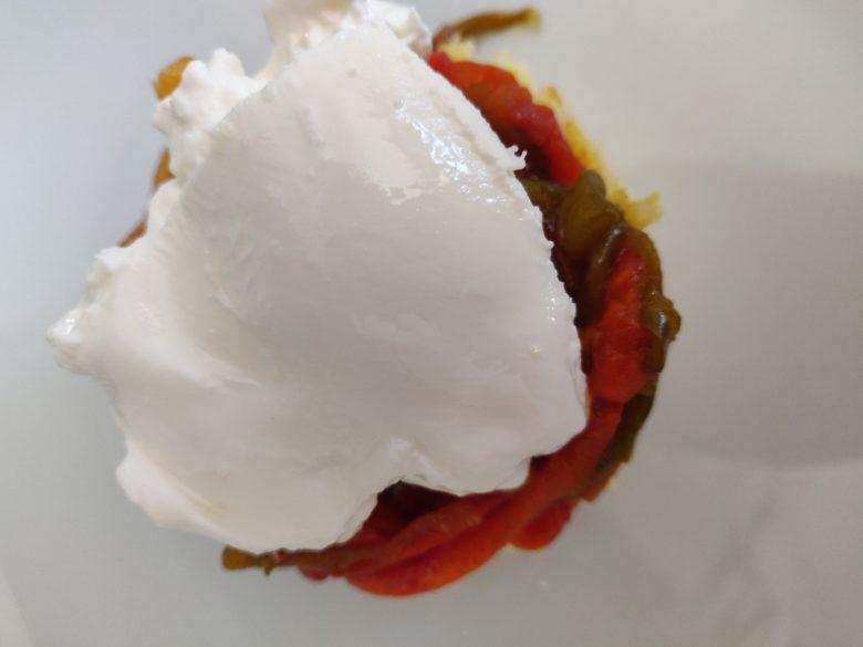 Polenta, poêlée de poivrons et burrata